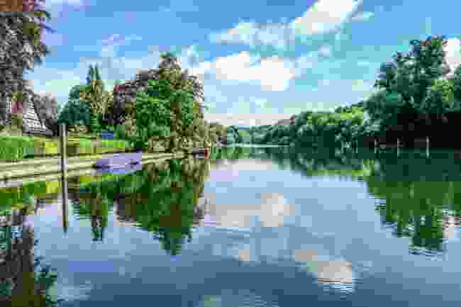 Henley-on-Thames towpath (Shutterstock)