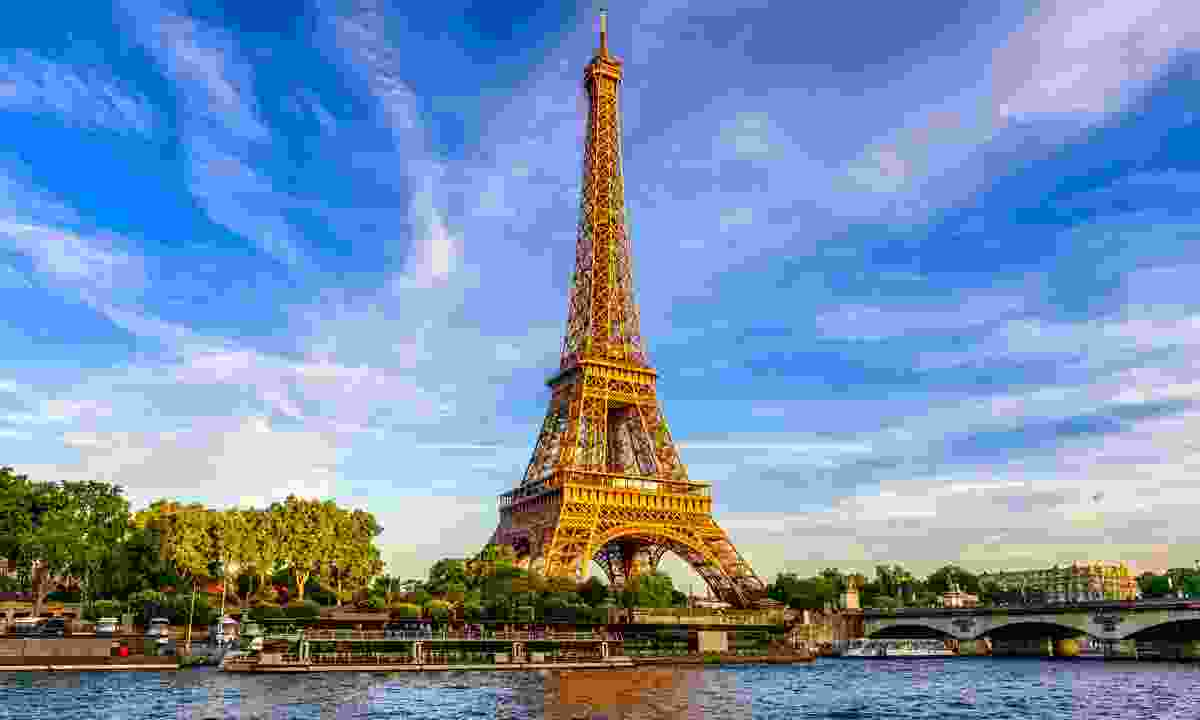 The city of love, Paris (Shutterstock)