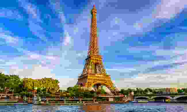 The city of love, Paris (Shutterstock)
