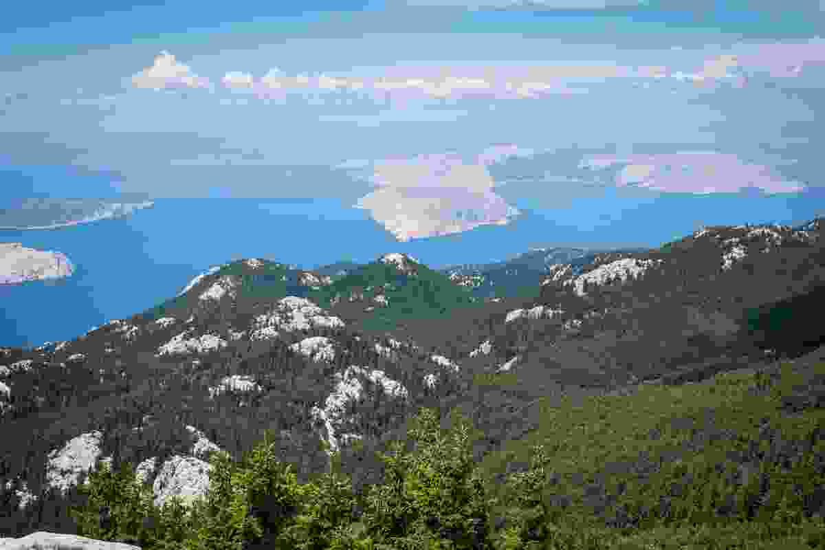 The rocky and grassy terrains of Northern Velebit National Park, Croatia (Dreamstime)