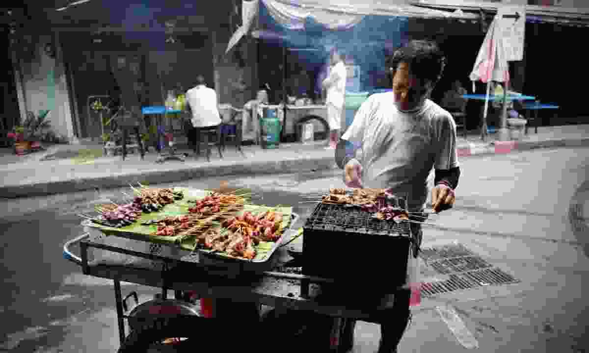 Bangkok street food vendor (Shutterstock)