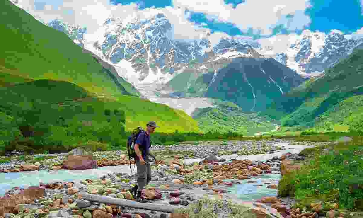 Hiking the mountains of Georgia (Shutterstock)