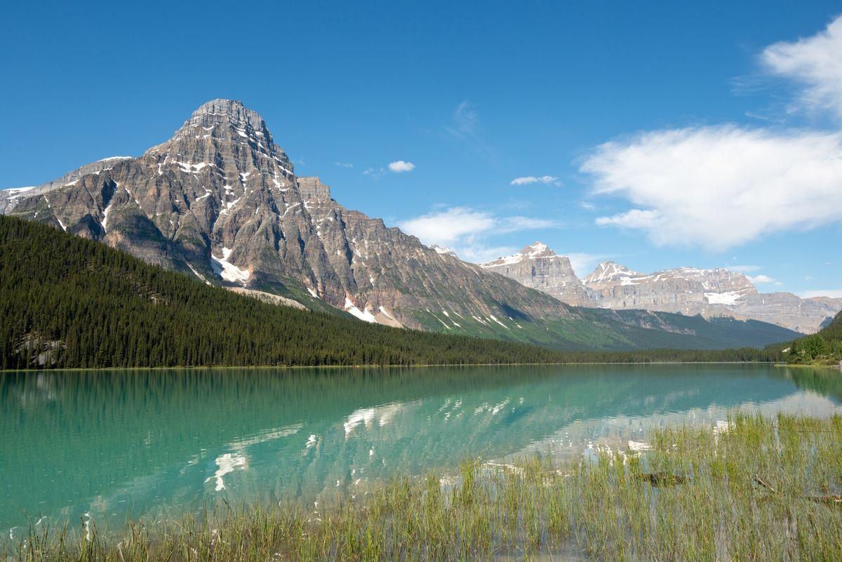 Canadian Rockies in Banff NP, Alberta (Dreamstime)
