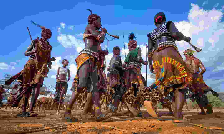 Hamar ceremony in Ethiopia (Shutterstock)