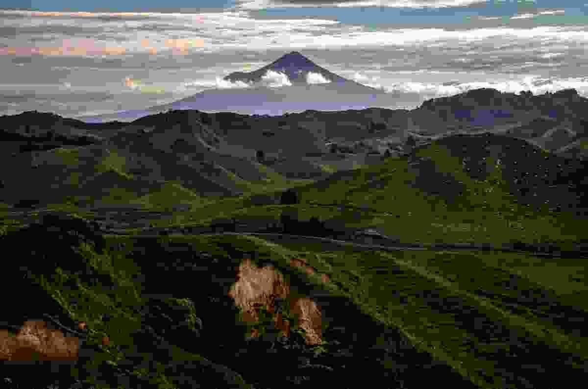 Taranaki Volcano, New Zealand (Shutterstock)