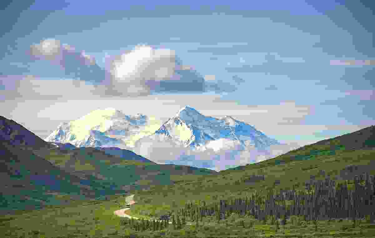 Denali National Park looking mighty impressive, with clear blue July skies (Shutterstock)