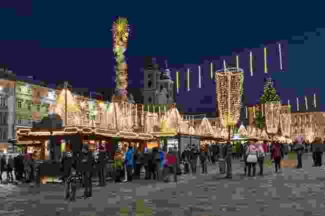Linz Christmas Market (Shutterstock)