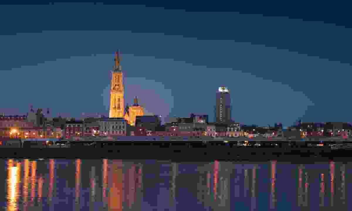 The skyline of Antwerp by night (Dreamstime)