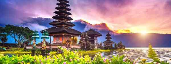 Ulun Danu Beratan Temple (Shutterstock)