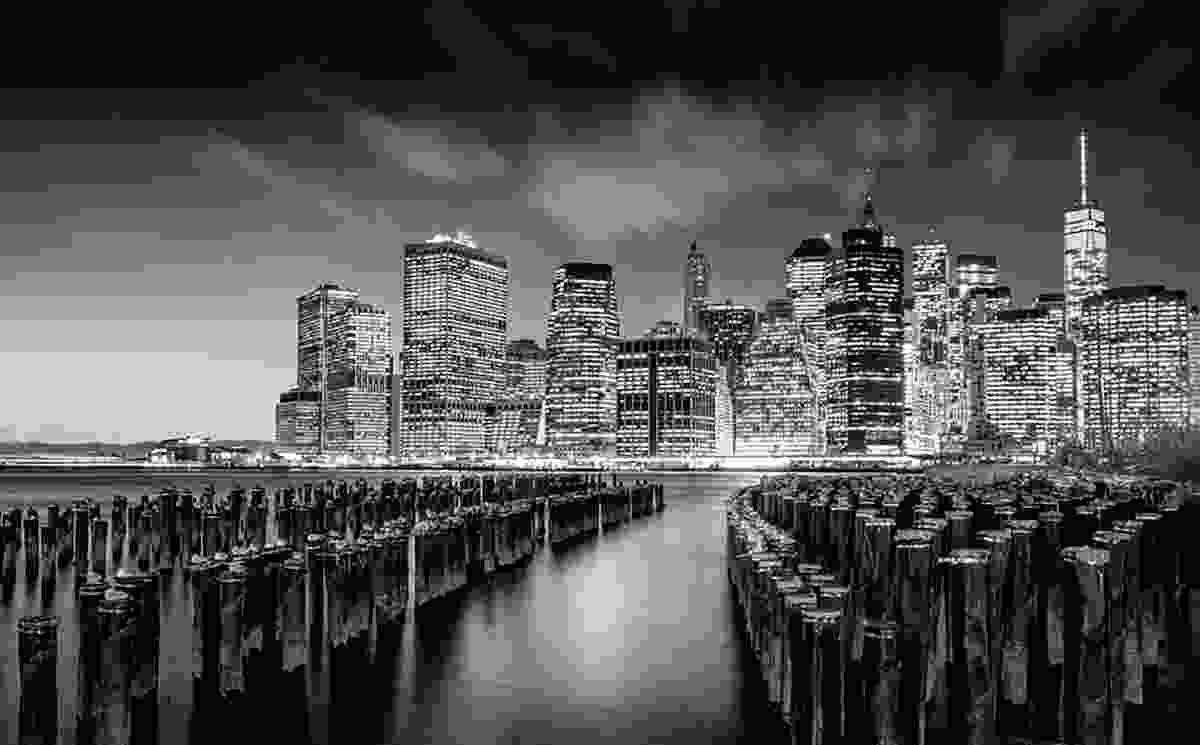 View of Manhattan from Brooklyn (© 2015 YellowKorner Editions, Photo © Serge Ramelli. All rights reserved)