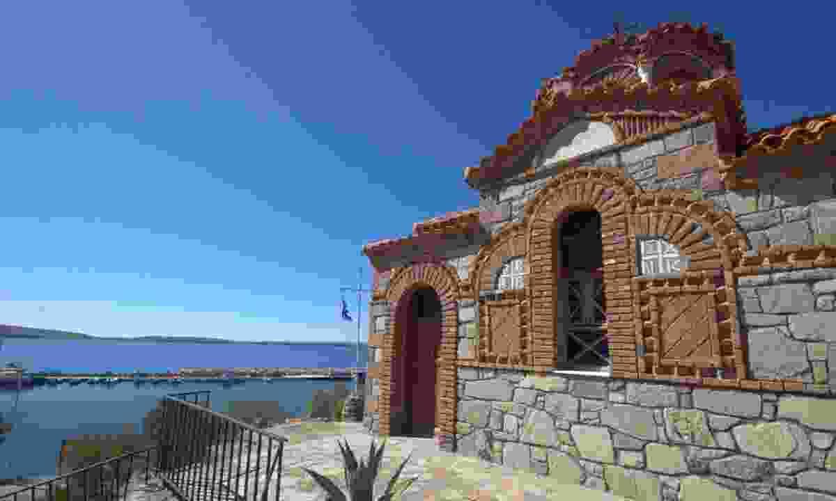 Classic Lesvos architecture (Phoebe Smith)