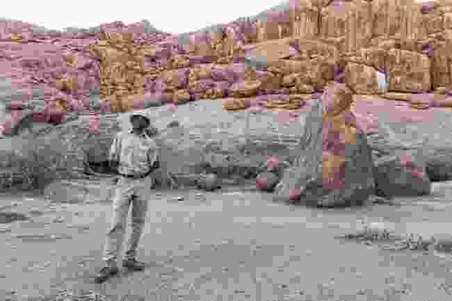 A local guide in Namibia (Dreamstime)