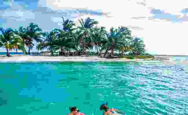 Enjoy snorkelling in Belize (Belize Tourist Board)