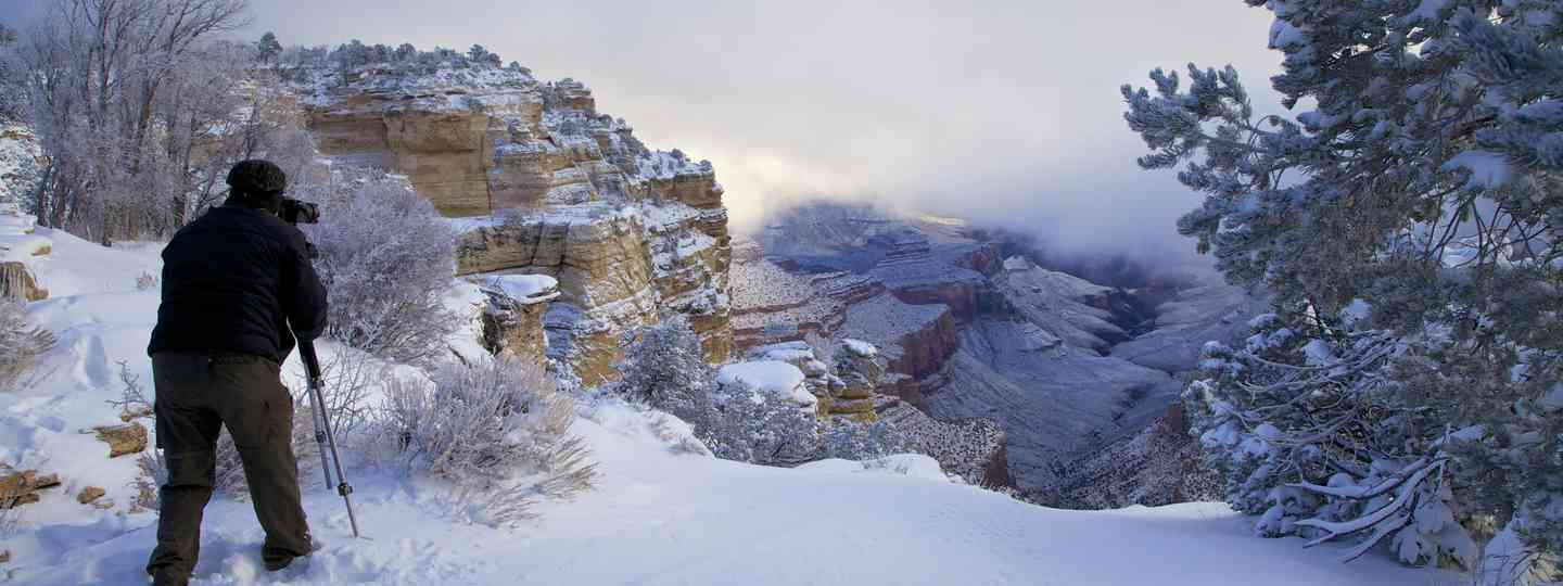 Photographing the Grand Canyon (Dreamstime)