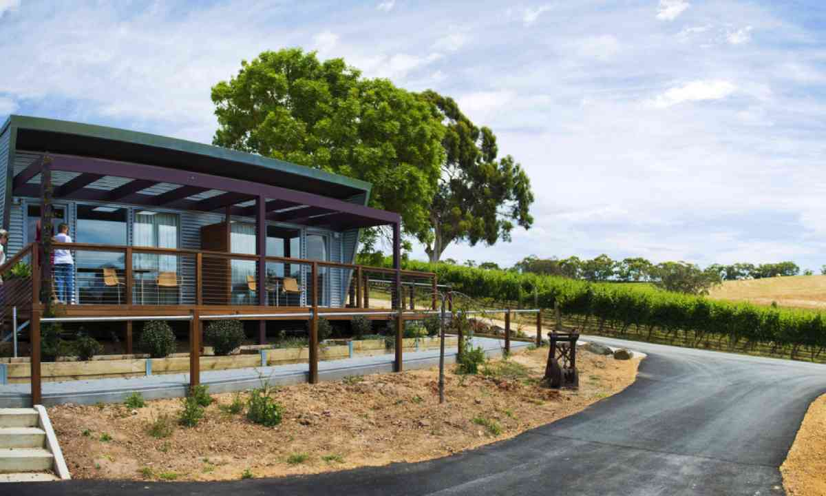 Longview Vineyard accommodation (SATC)