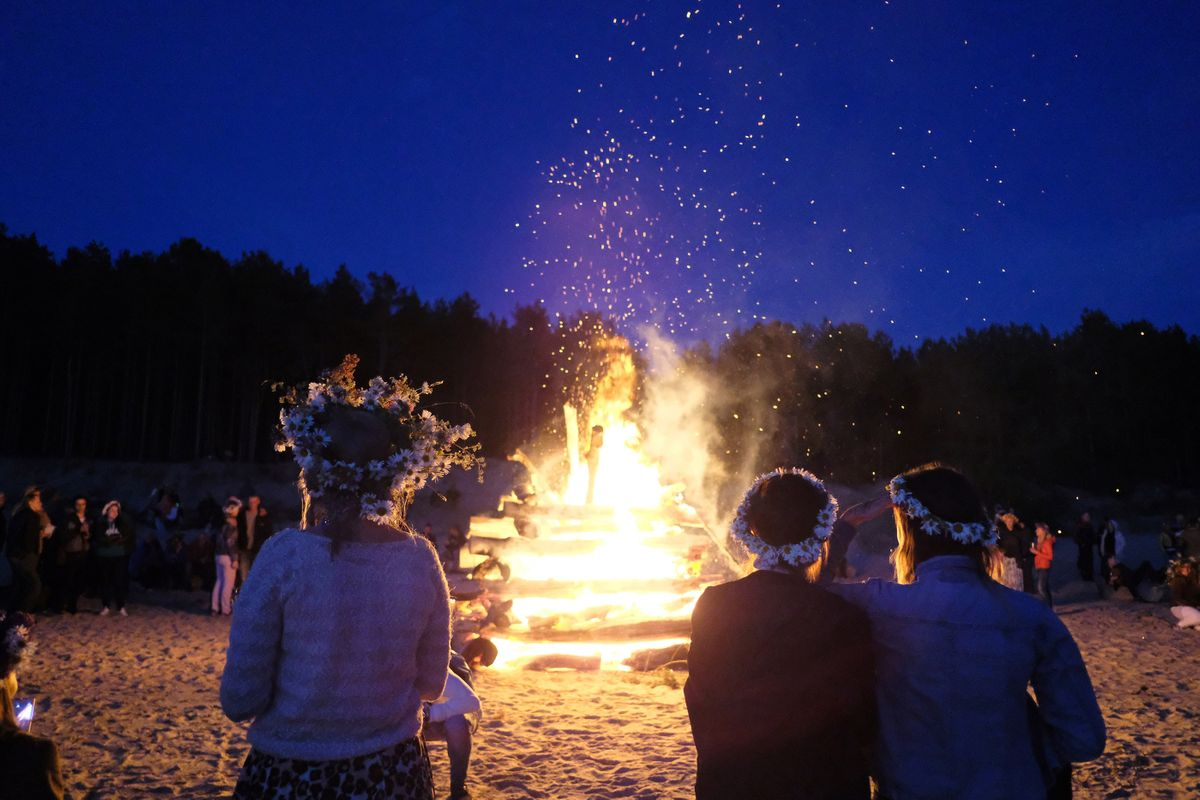 5 amazing ways to celebrate the summer solstice