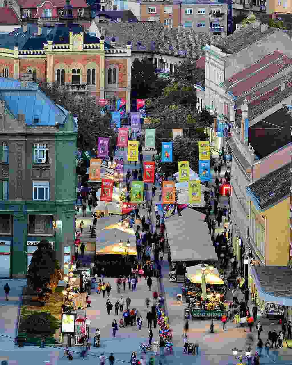 Bustling Zmaj Jovina street during summer (www.novisad.travel)