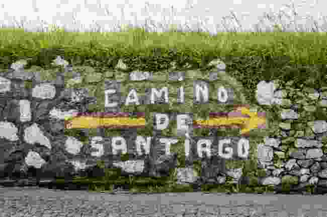 Sign for the Camino de Santiago (Shutterstock)