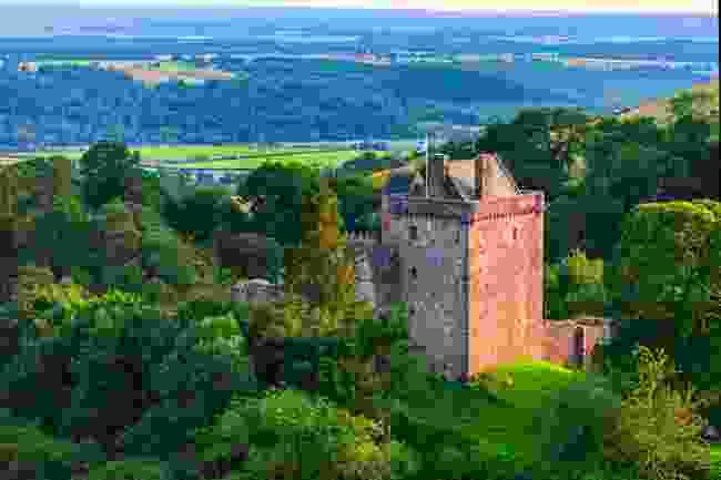 Castle Campbell, Scotland (Shutterstock)
