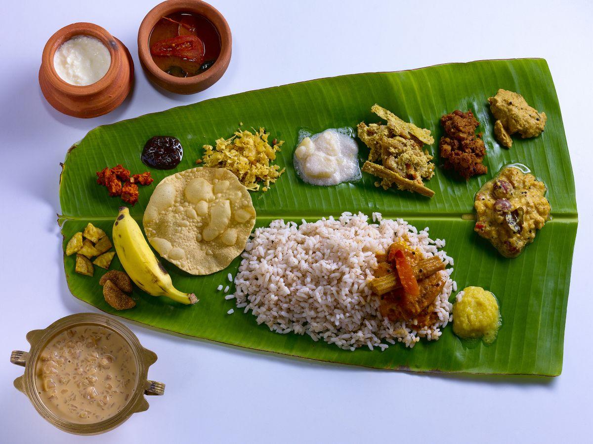 Traditional Onam sadya served on a banana leaf in Kerala (Shutterstock)