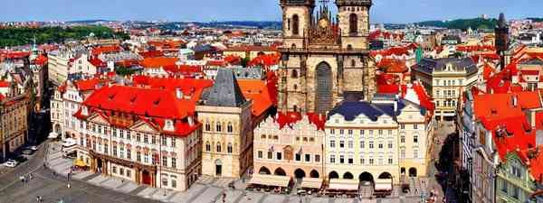 Prague, Old Town Square (Foxy01)