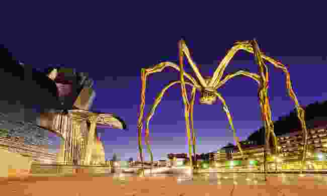 Maman sculpture by Louise Bourgeois (Dreamstime)