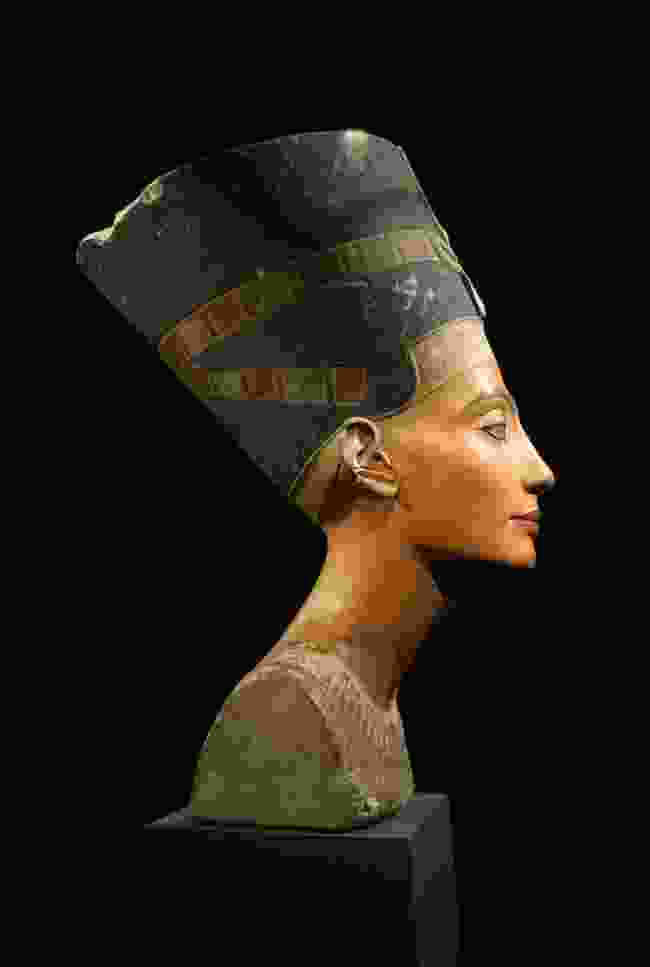 Nefertiti's Bust at the Neues Museum in Berlin (Shutterstock)