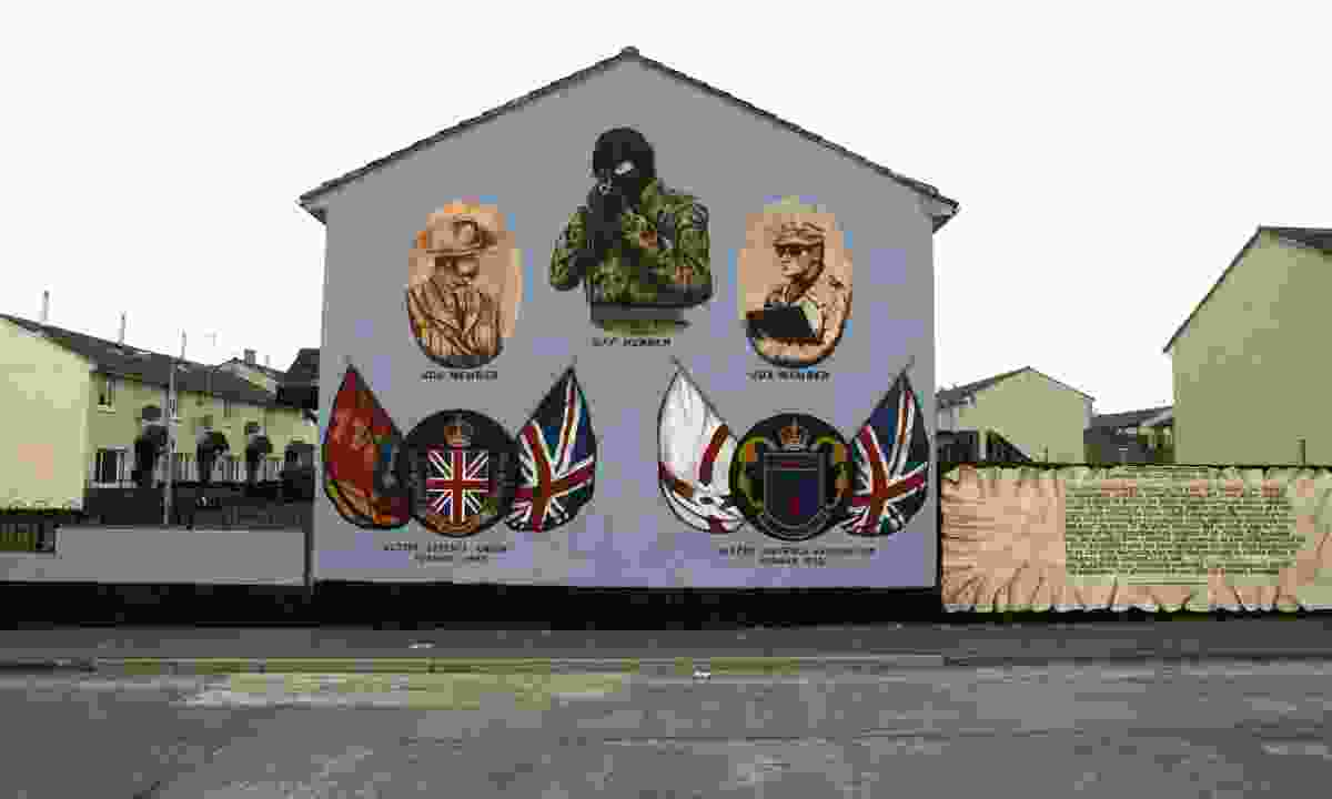 Loyalist murals in Belfast (Dreamsime)