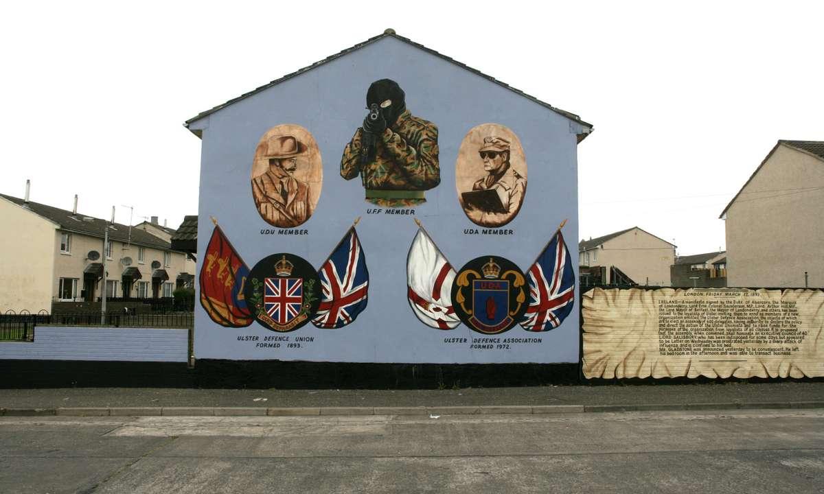 Loyalist murals in Belfast (Dreamsime)