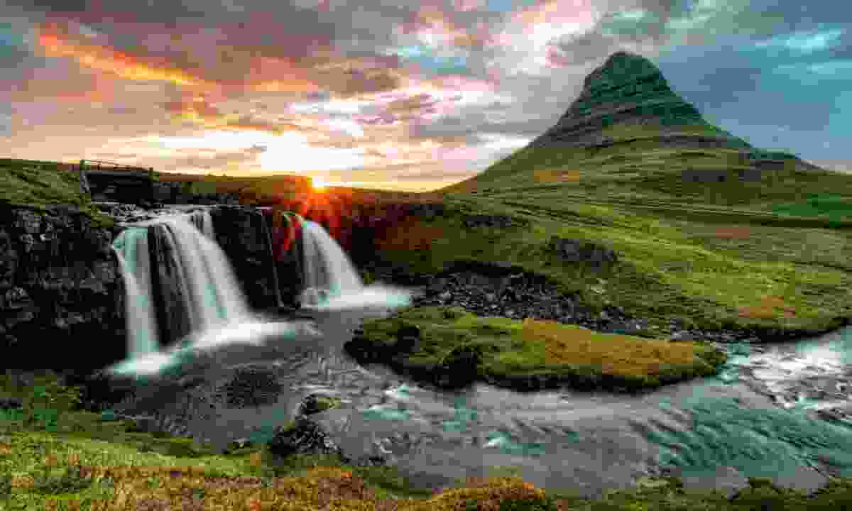 Waterfalls and volcanoes in Iceland (Dreamstime)