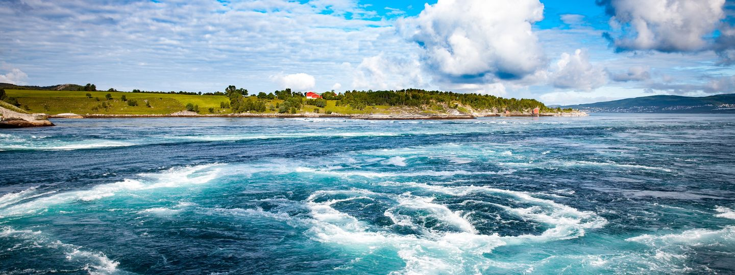 Spin out: The world\'s most terrifying (yet beautiful) whirlpools ...