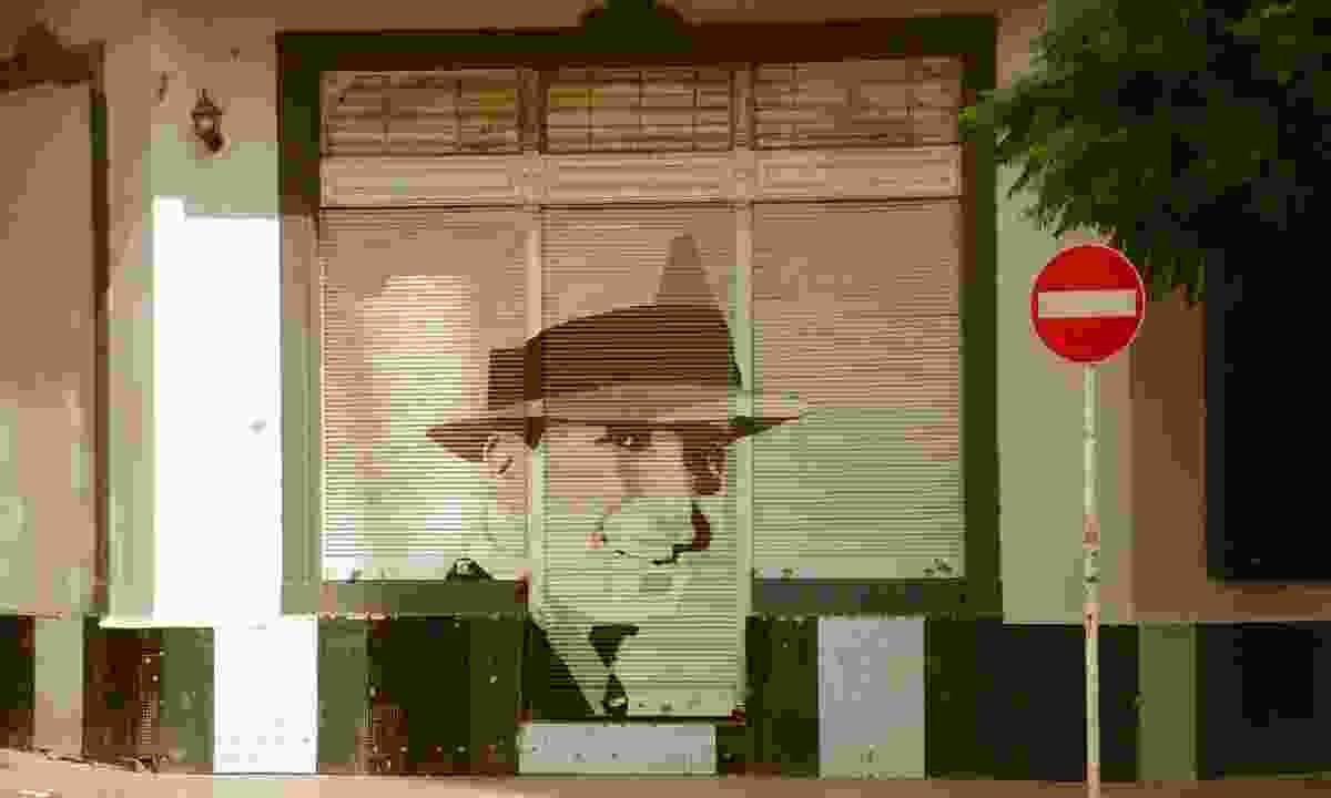 Carlos Gardel street art portrait (Dreamstime)