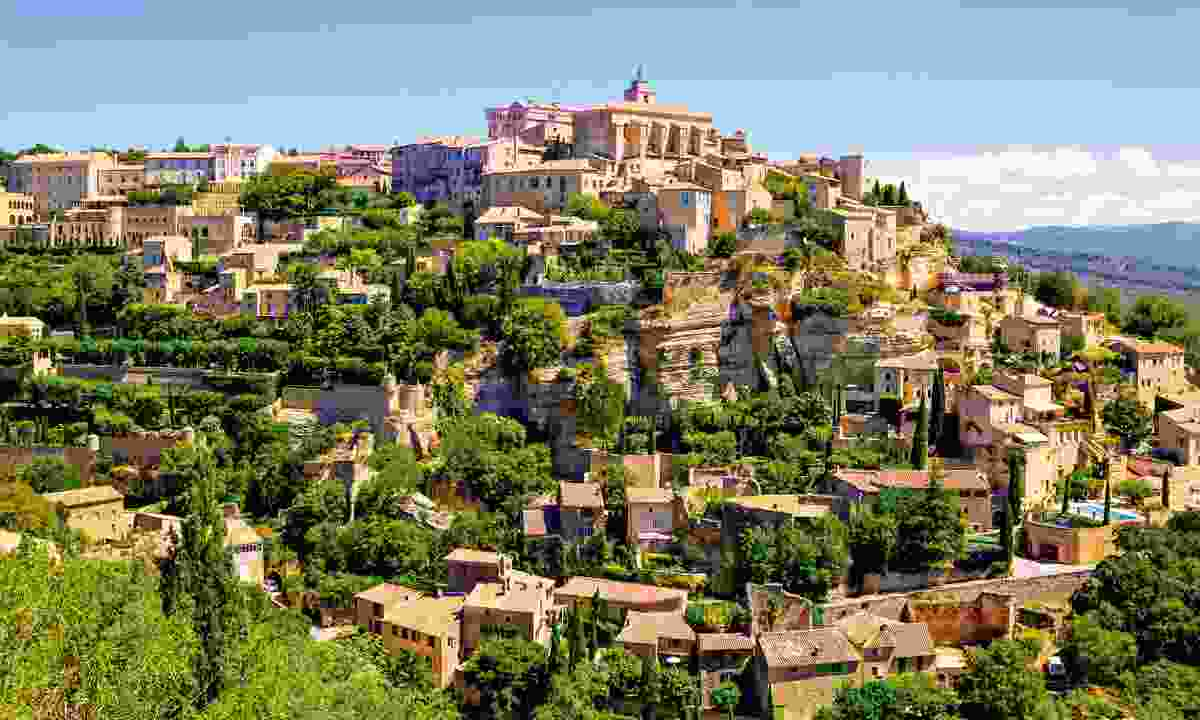 View of Gordes, a small town in Provence, France (Dreamstime)