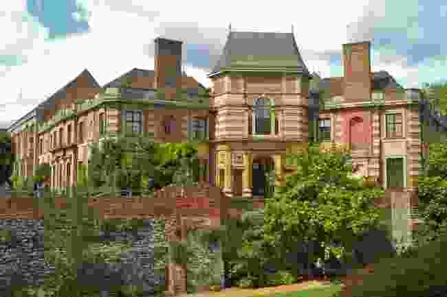 Eltham Palace (Shutterstock)