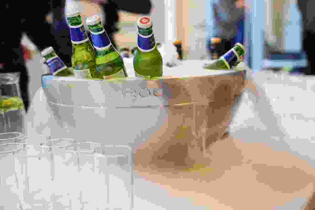 Drinks on ice (Victoria Middleton)