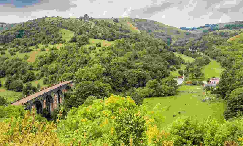 Headstone Viaduct seen on the Monsal Trail (Shutterstock)