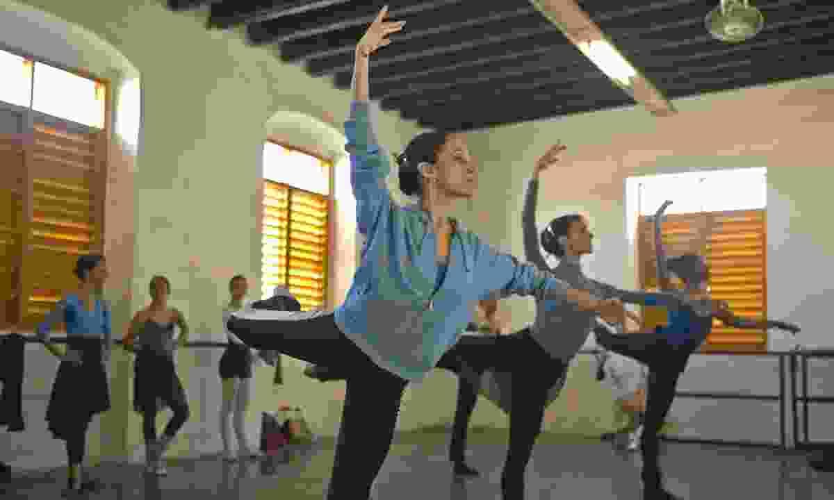 Young ballerinas training in Cuba (Dreamstime)