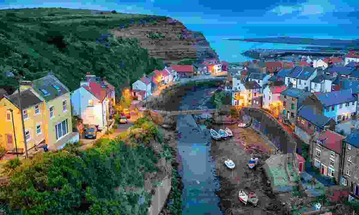 Night falls over Staithes (Dreamstime)