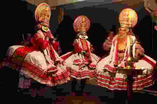Kathakali dancers performing in Kerala (Shutterstock)