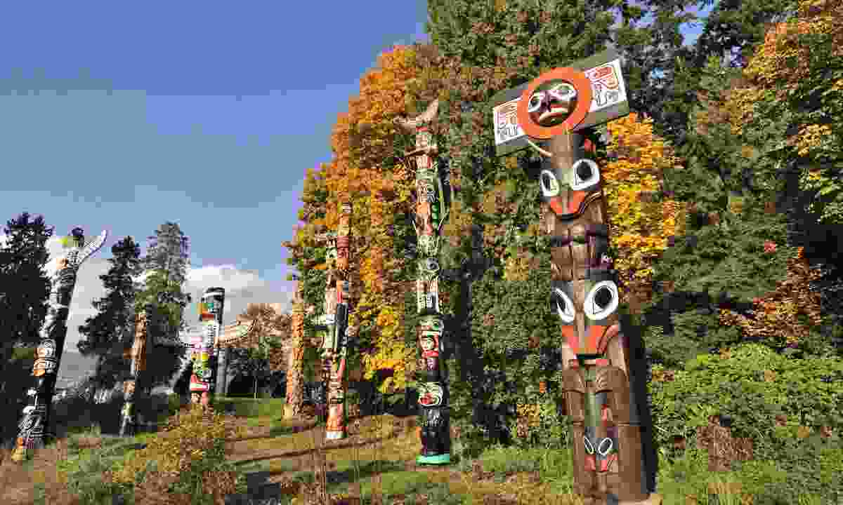 First Nations totem poles in Stanley Park (Dreamstime)