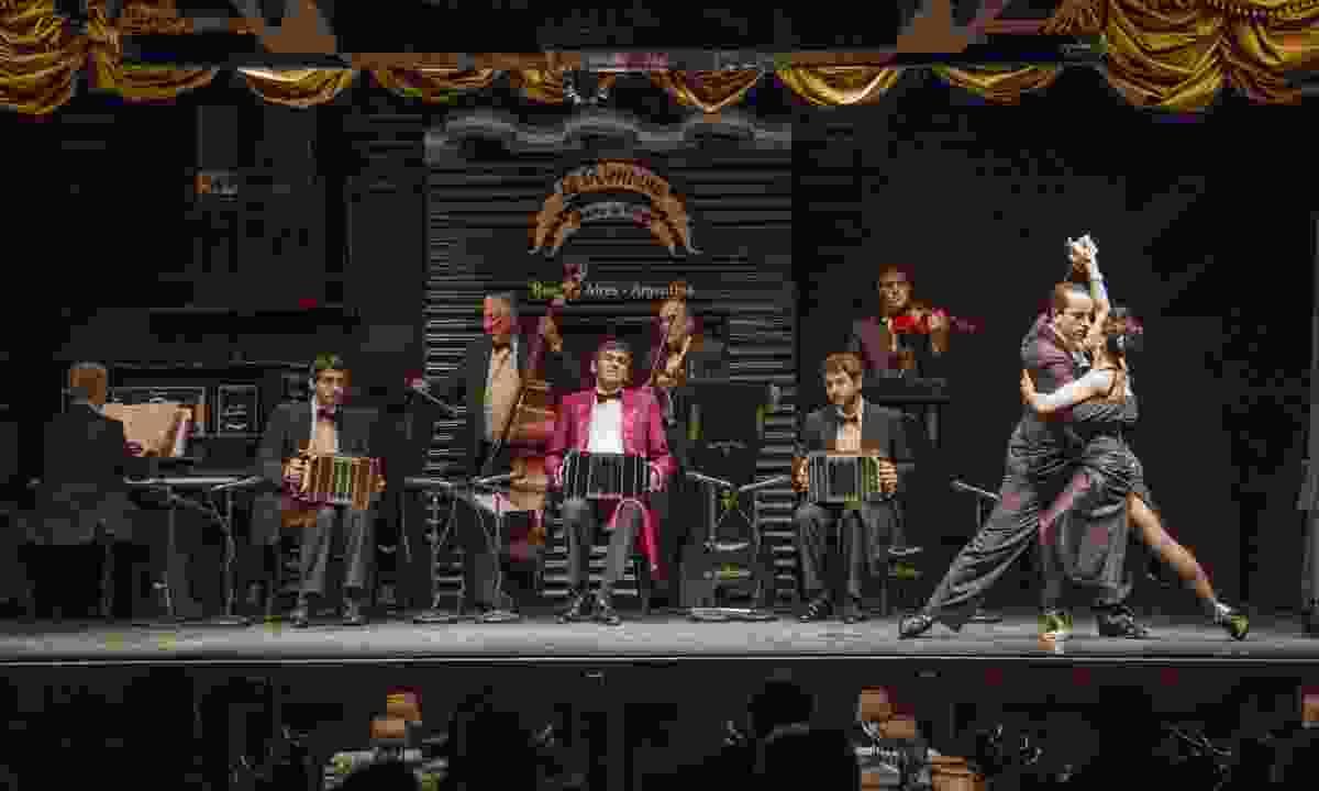 La Ventana basement tango performance (Chris Moss)