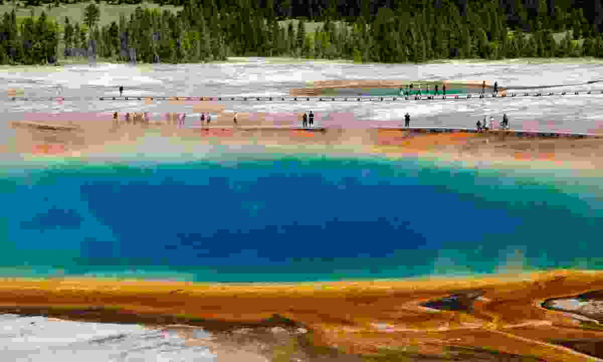 Grand Prismatic Spring in Yellowstone National Park (Dreamstime)