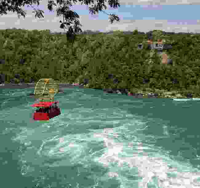 Whirlpool Aero Car above Niagara whirlpool (Dreamstime)