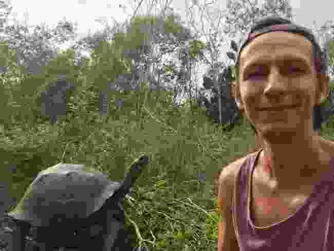Making friends on Isabela Island (Ian Melvin)