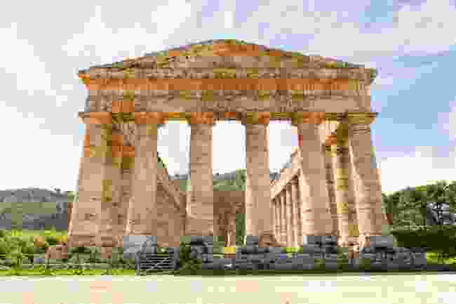 The Greek temple in Segesta, Sicily (Shutterstock)