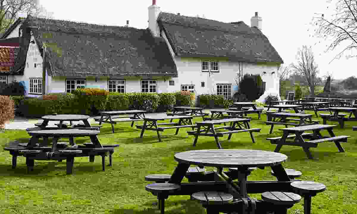 The beer garden at the Old Ferry Boat Inn (Old Ferryboat Inn)