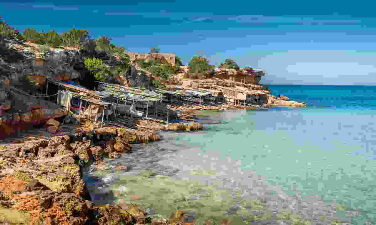Cala Saona bay beach (Dreamstime)