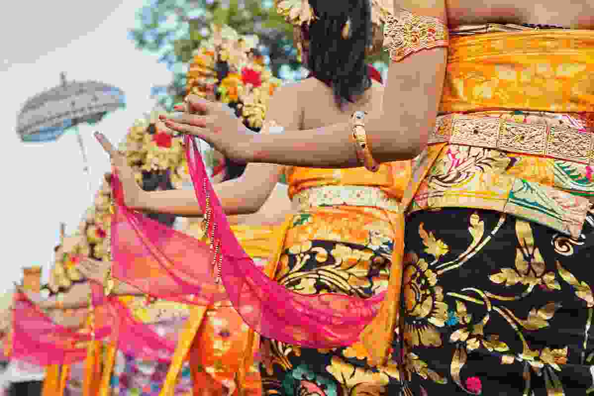 Hindu women in traditional dress during the Art and Cultural Festival (Shutterstock)