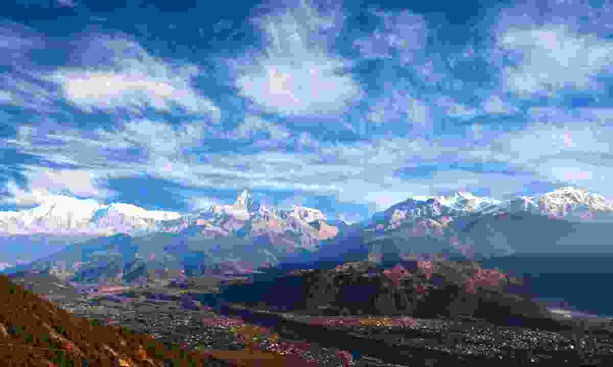 The view from Sarangkot (Shutterstock)