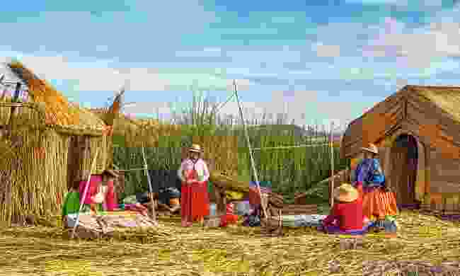 Traditional totora-built houses on Lake Titicaca (Shutterstock)